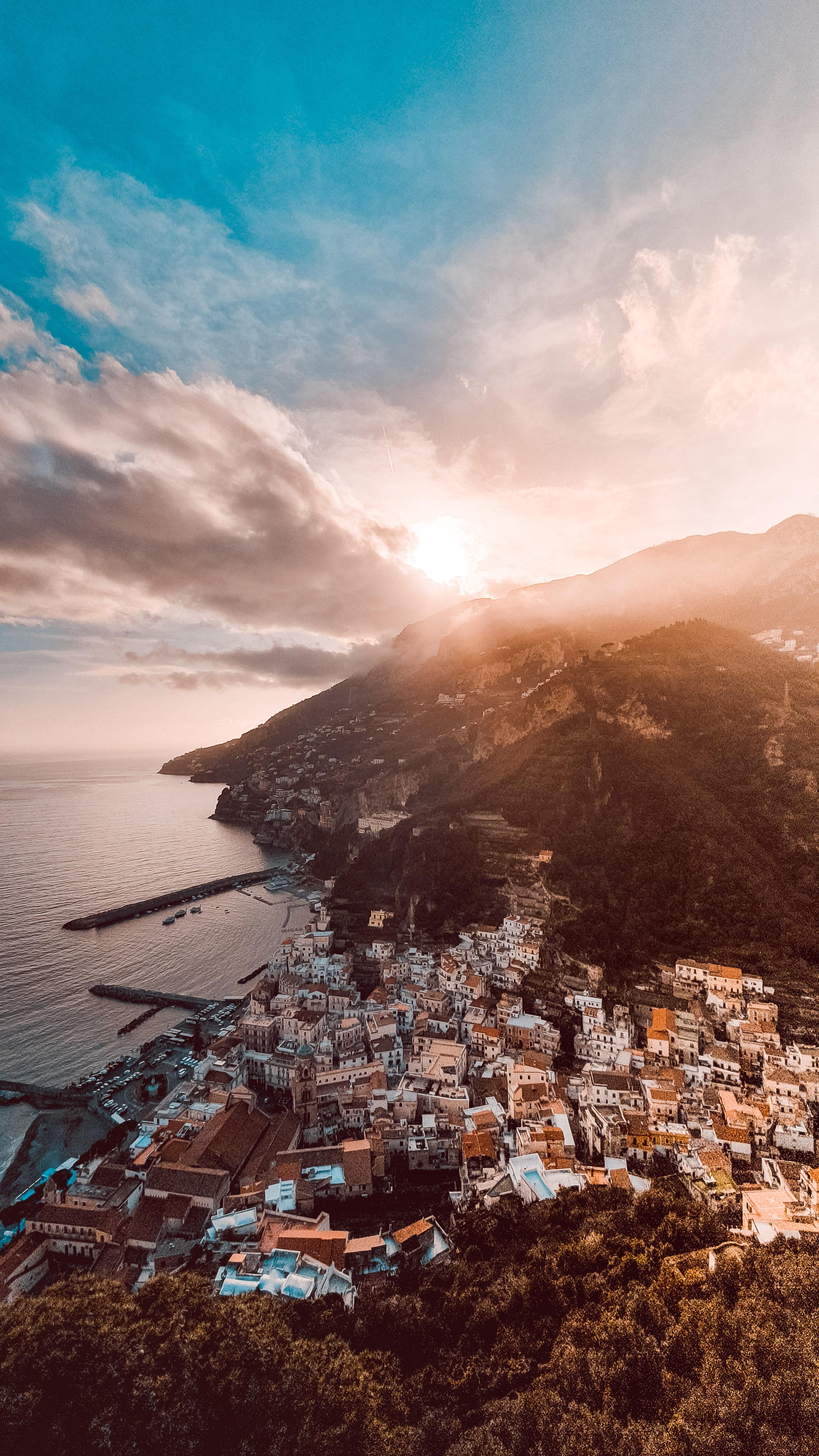 Amalfi Coast @The_Bravers
