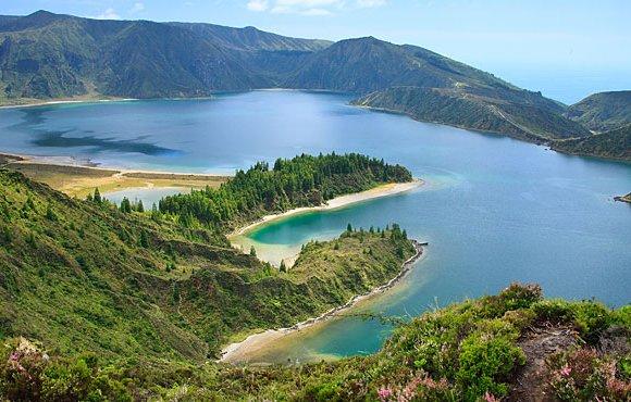 ISOLE AZZORRE –  Oceani e Vulcani per ritrovare la Natura