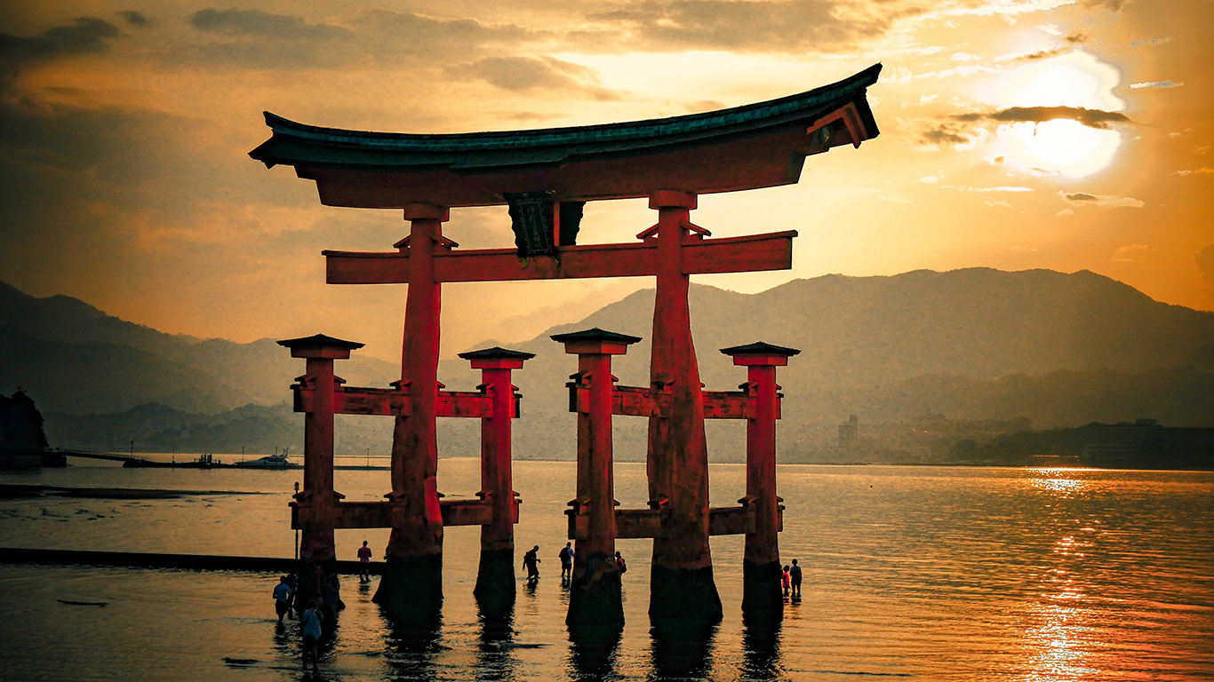 Giappone, tra Gundam e tradizione