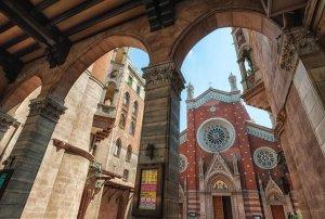 Chiesa di Sant'Antonio Istanbul Turchia